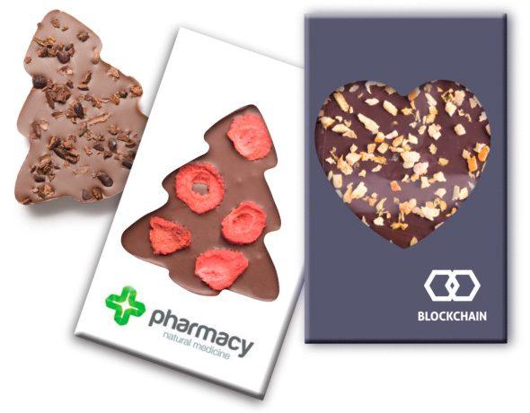 Čokoládové tvary s rôznymi posypmi s logom